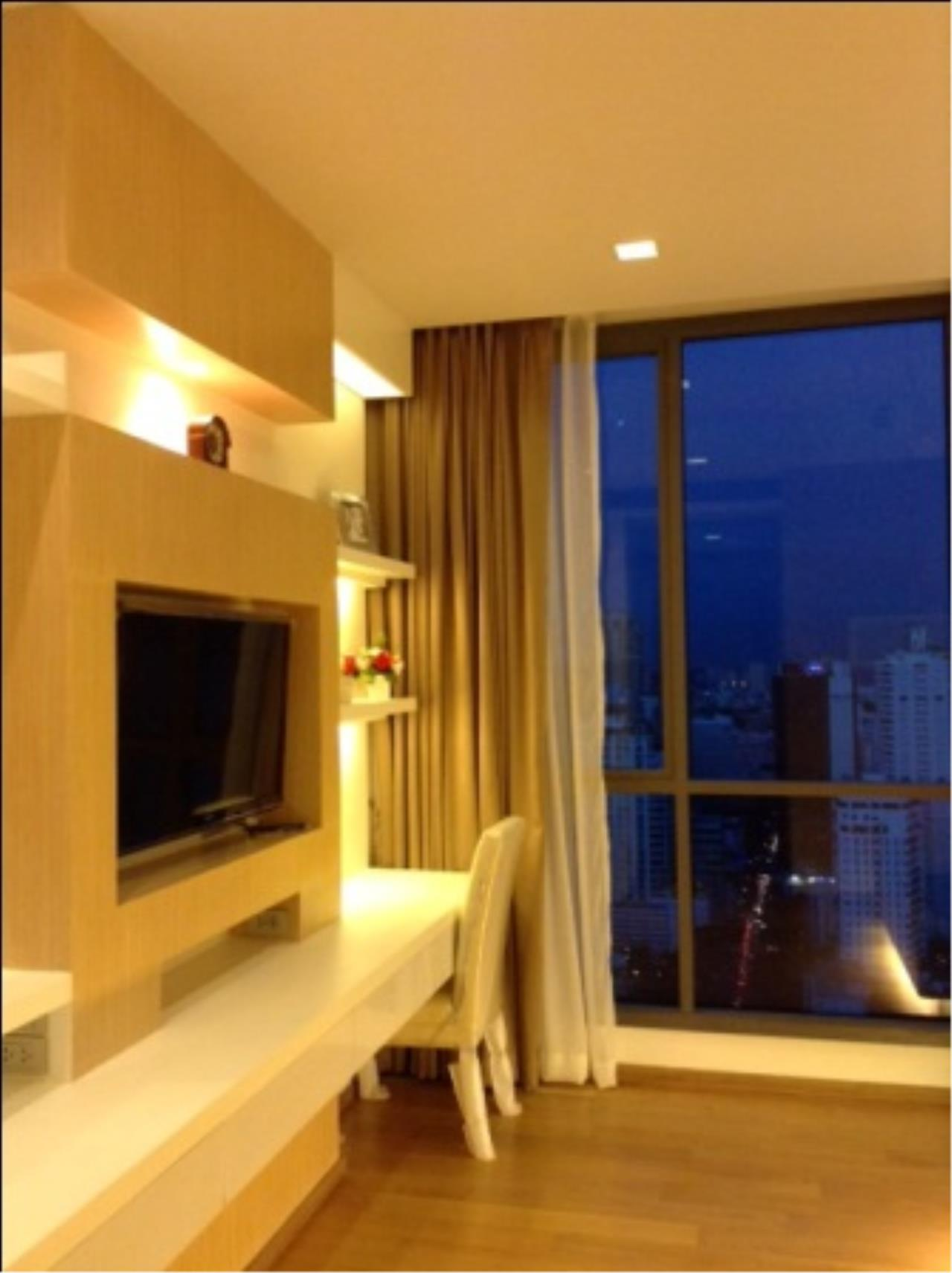 BKK Condos Agency's Nicely decorated 2 bedroom condo for rent at Hyde Sukhumvit  3