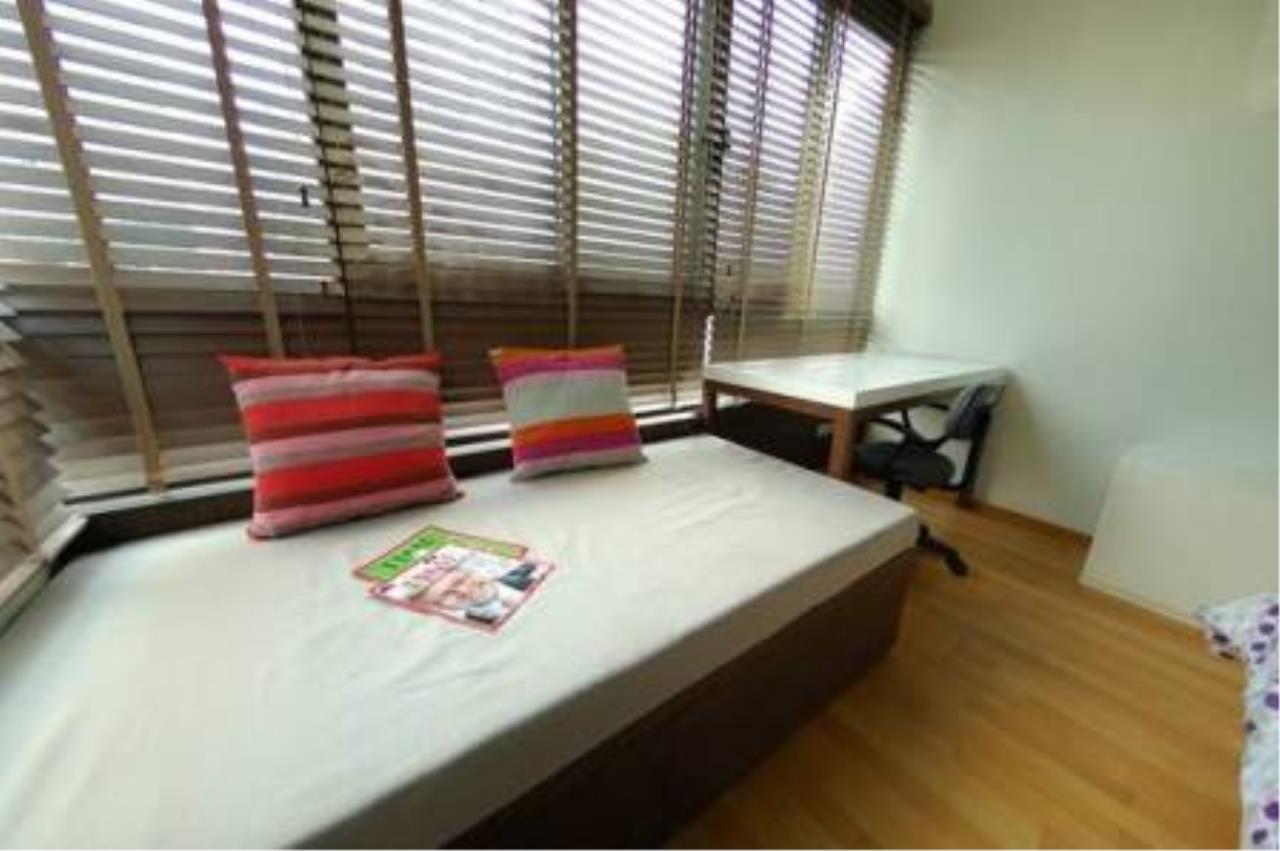 BKK Condos Agency's 2 bedroom condo for rent at Issara@42 4