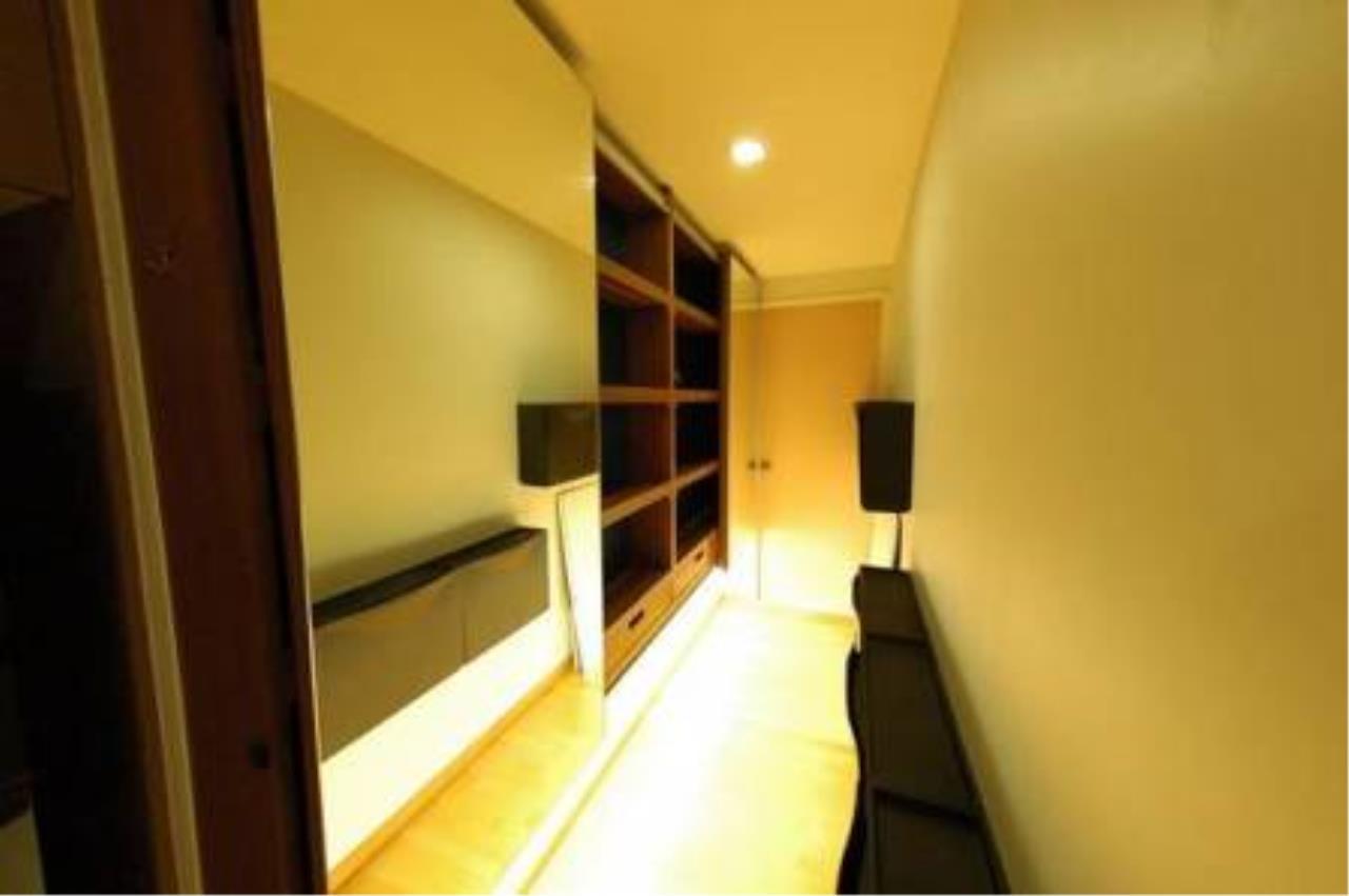 BKK Condos Agency's 2 bedroom condo for rent at Issara@42 2