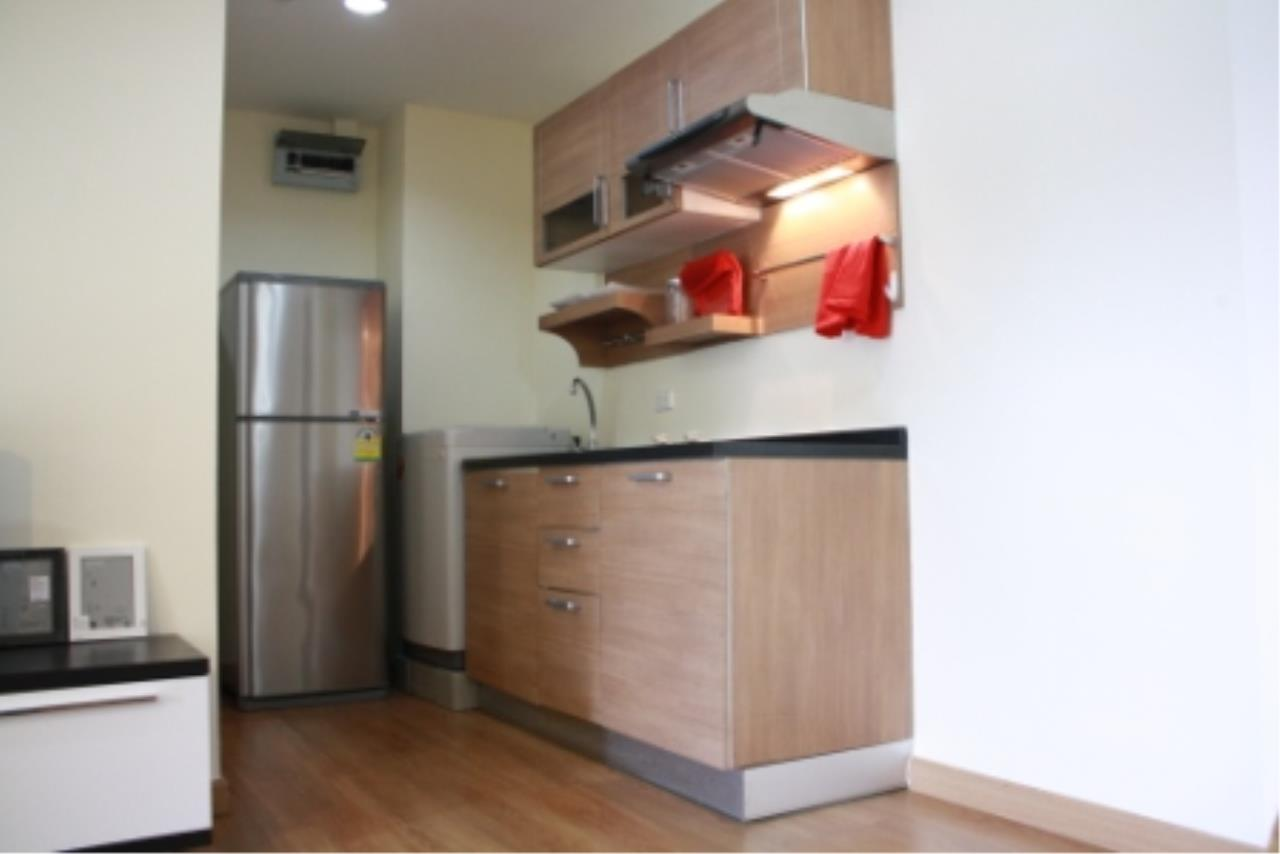 BKK Condos Agency's One bedroom condo for rent at The Address 42  6