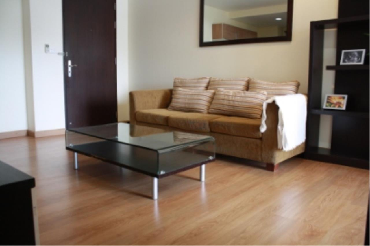 BKK Condos Agency's One bedroom condo for rent at The Address 42  3