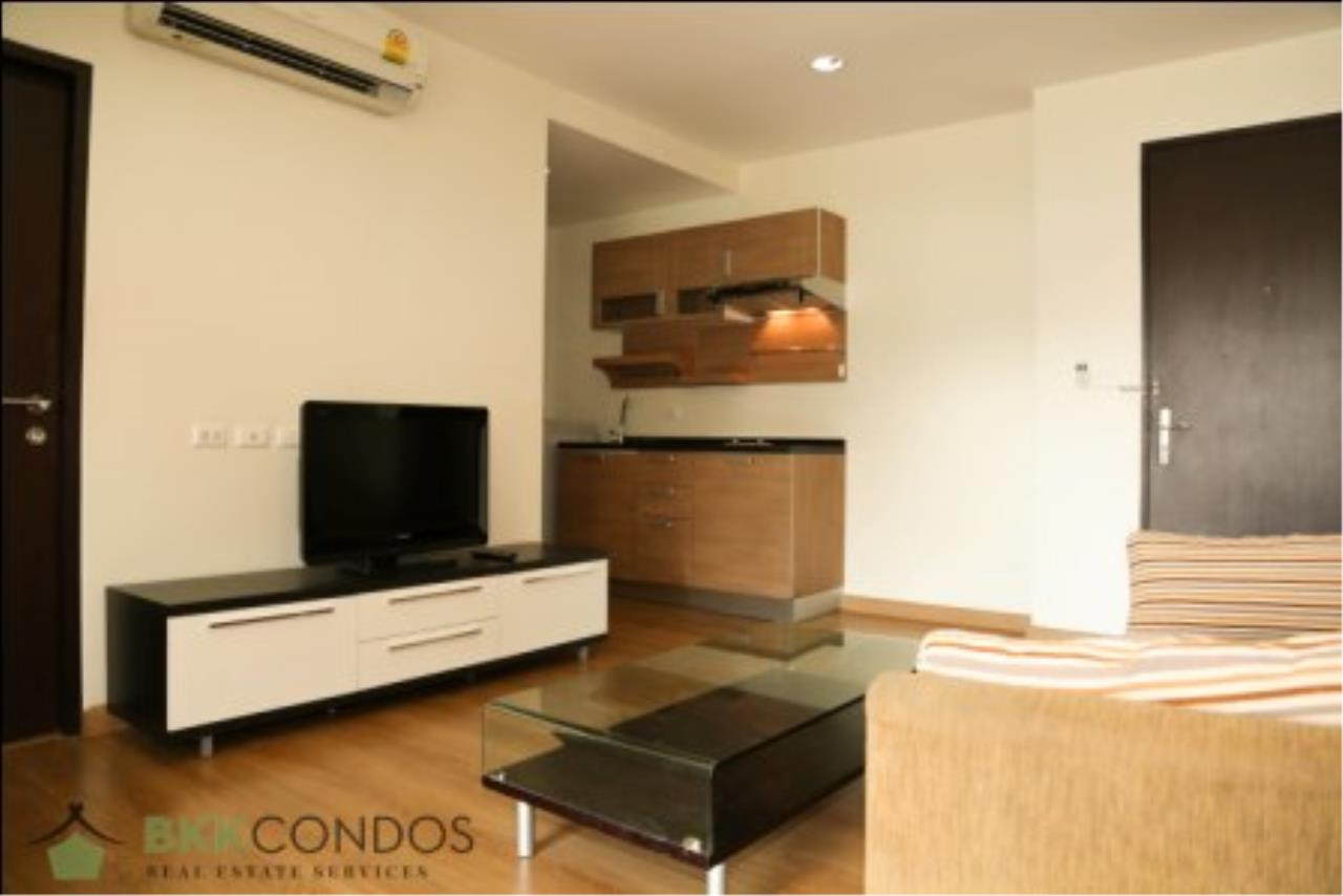 BKK Condos Agency's One bedroom condo for rent at The Address 42  21