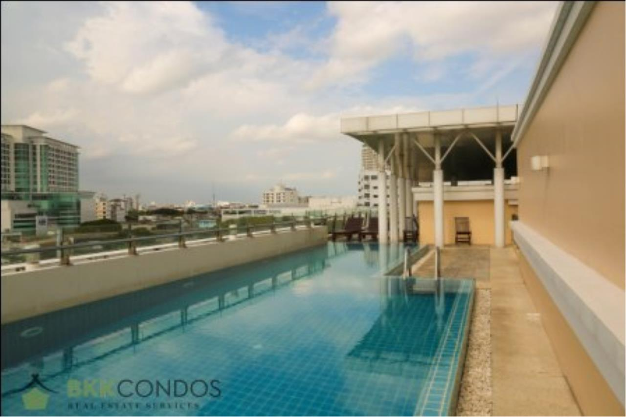 BKK Condos Agency's One bedroom condo for rent at The Address 42  15