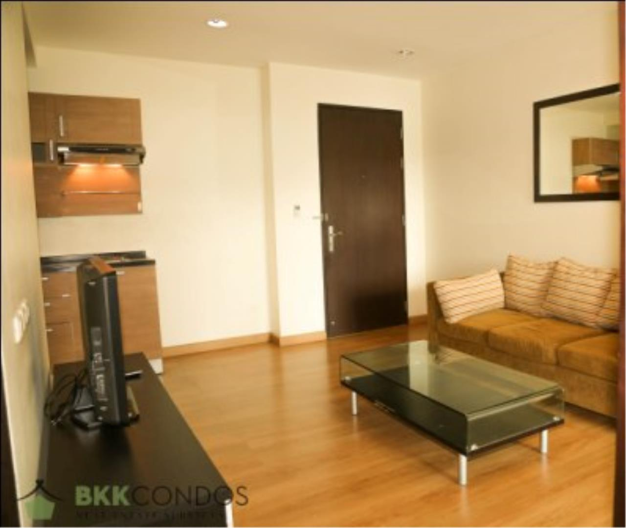 BKK Condos Agency's One bedroom condo for rent at The Address 42  12