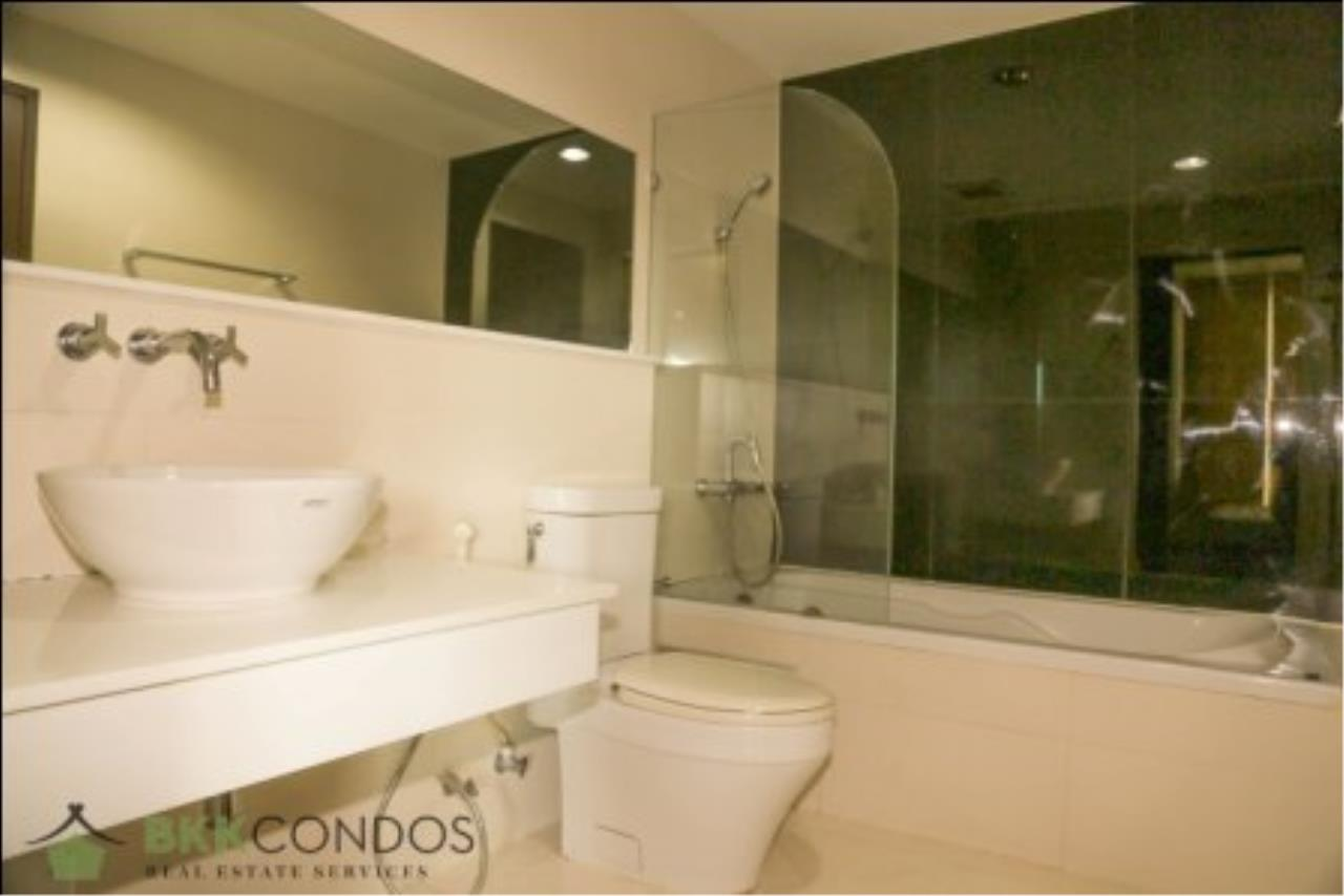 BKK Condos Agency's One bedroom condo for rent at The Address 42  11