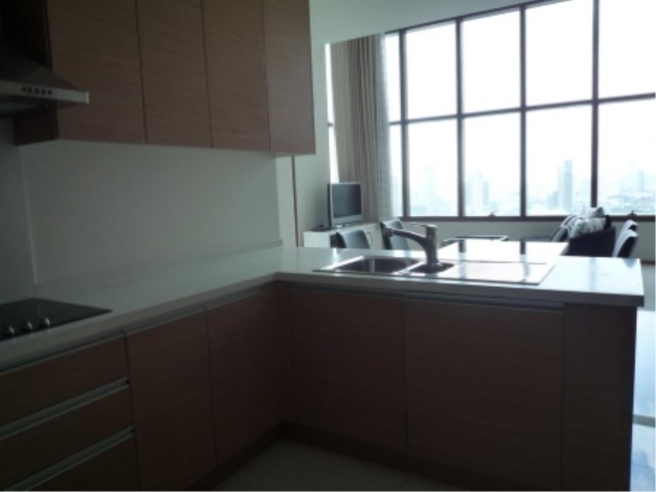 BKK Condos Agency's Modern style two bedroom condo for rent at The Emporio Place  15