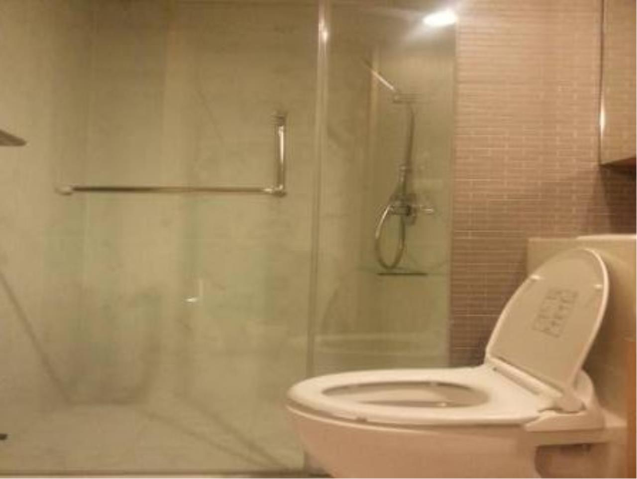 BKK Condos Agency's Modern style one bedroom condo for rent at Siamese Gioia 4