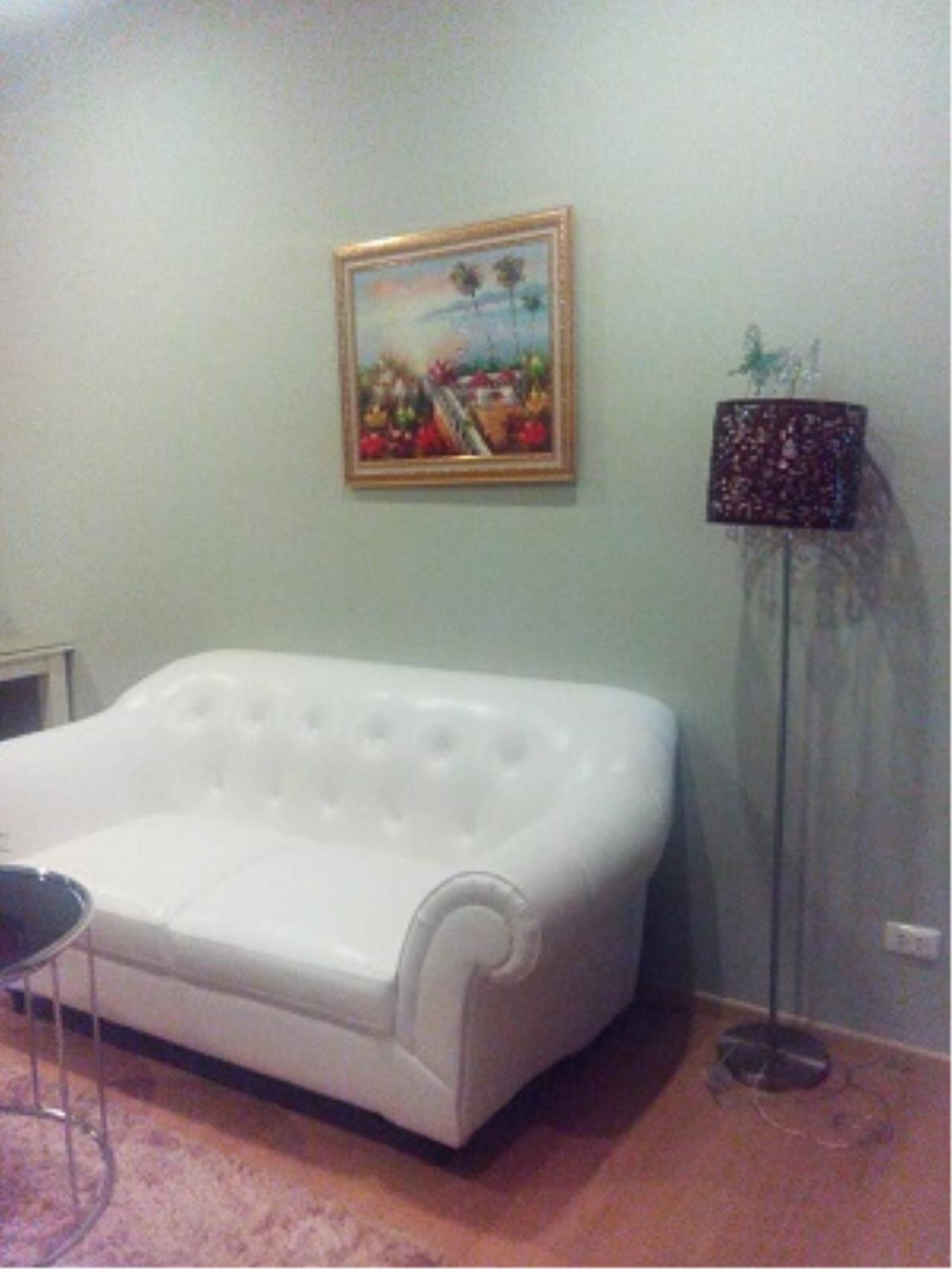 BKK Condos Agency's One bedroom condo for rent at Noble Refine  6