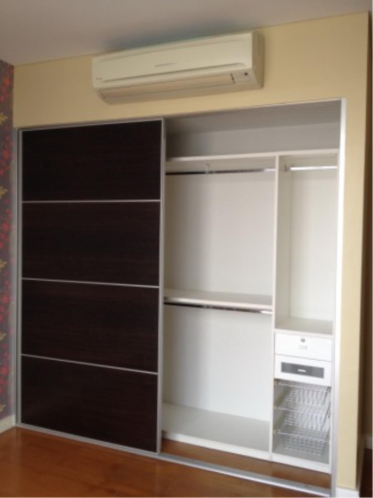 BKK Condos Agency's Three bedroom condo for rent at Fullerton Sukhumvit  9