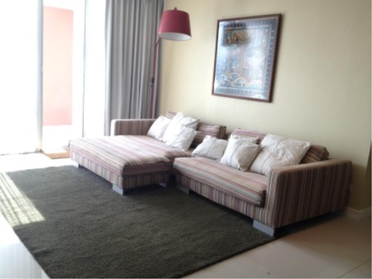 BKK Condos Agency's Three bedroom condo for rent at Fullerton Sukhumvit  6