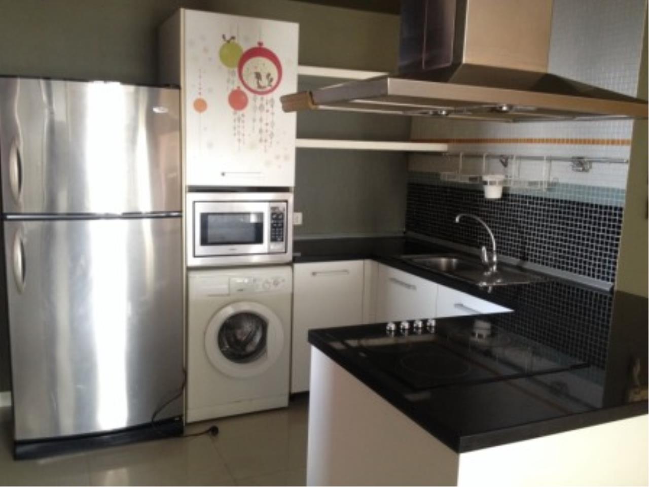 BKK Condos Agency's Three bedroom condo for rent at Fullerton Sukhumvit  4