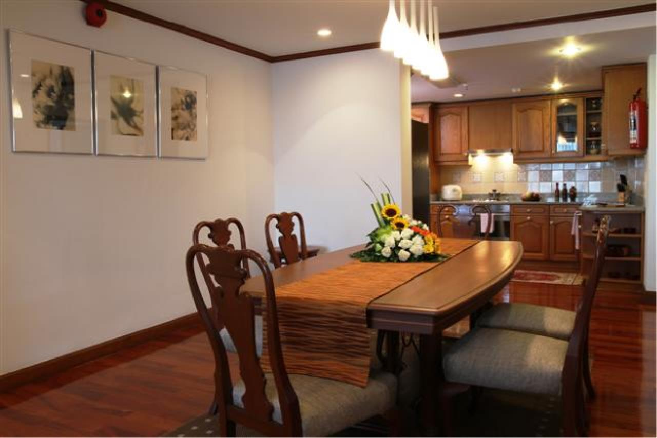 BKK Condos Agency's  Two Bedroom executive suite for rent at Mayfair Garden Apartment 18