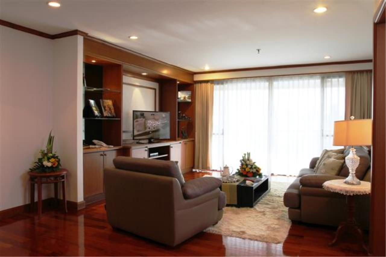 BKK Condos Agency's  Two Bedroom executive suite for rent at Mayfair Garden Apartment 11