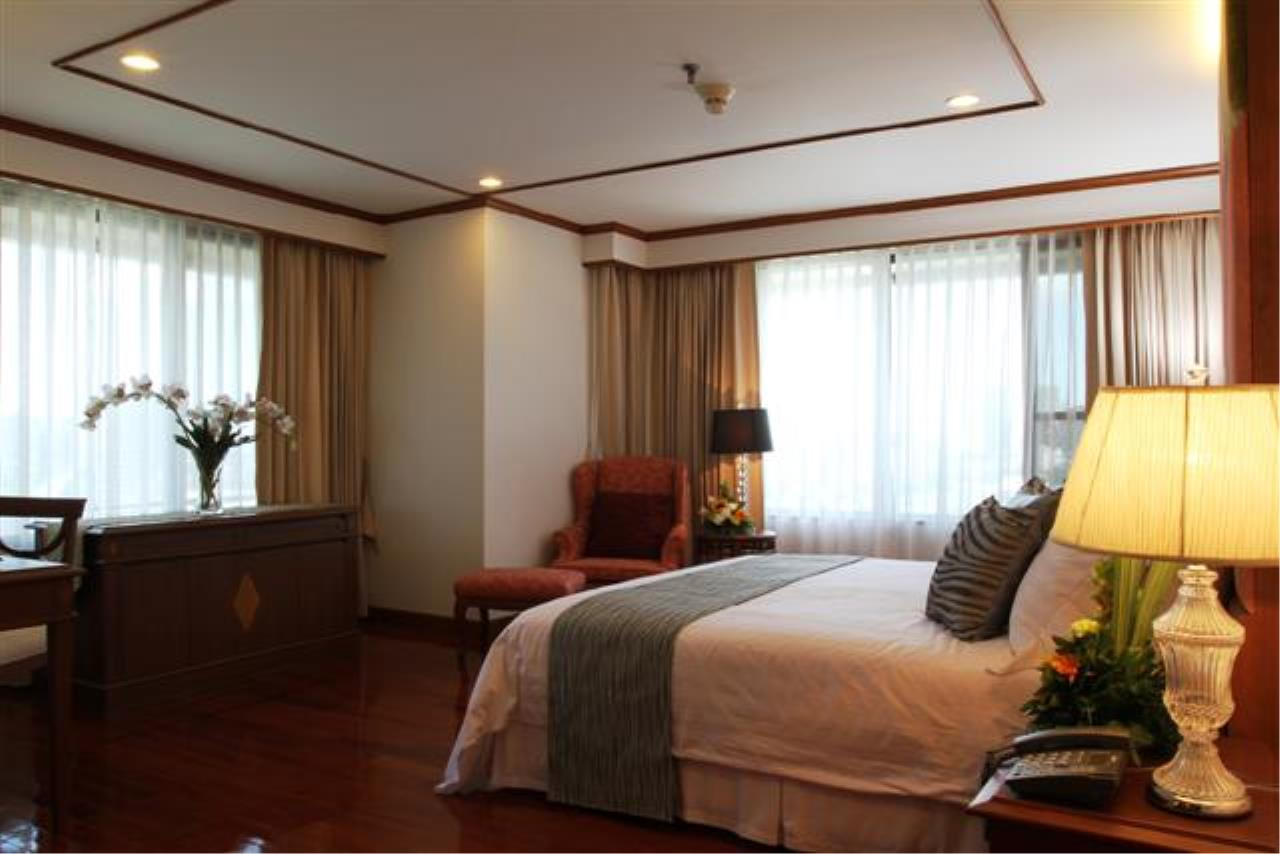 BKK Condos Agency's  Two Bedroom executive suite for rent at Mayfair Garden Apartment 7