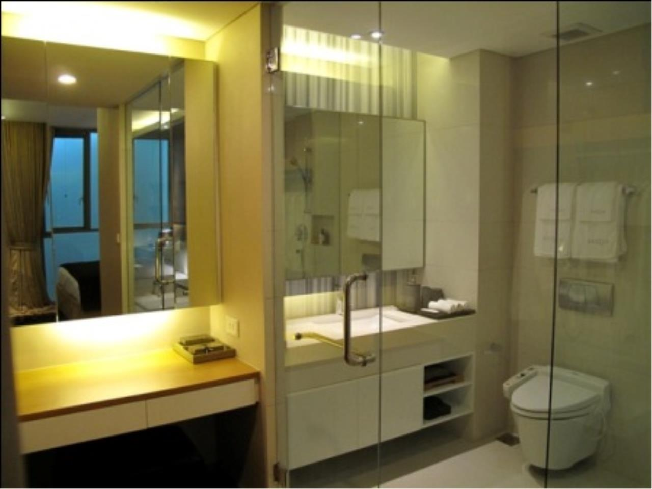 BKK Condos Agency's Stylish one bedroom condo at AEQUA for rent   Thong Lo  6