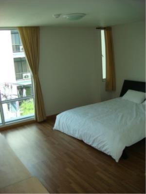 BKK Condos Agency's Three bedroom apartment for rent in Sukhumvit 16   Y.O. Place 6