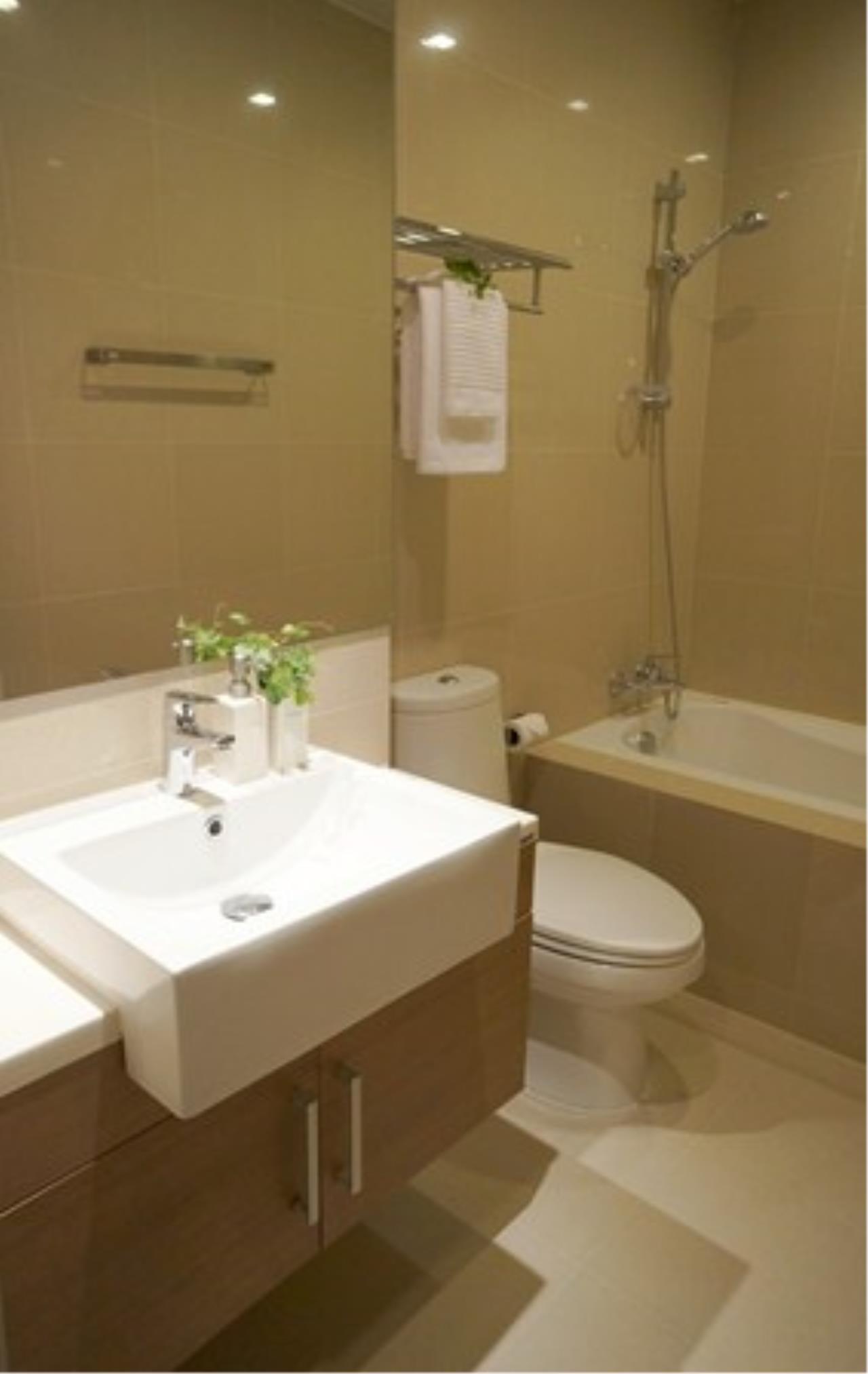 BKK Condos Agency's Nice one bedroom condo for rent Noble Refine 1