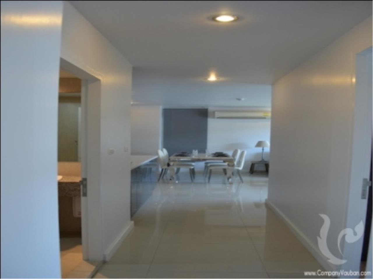 BKK Condos Agency's Nice design 2 bedroom condo for rent at The Clover Thong Lo 18  2