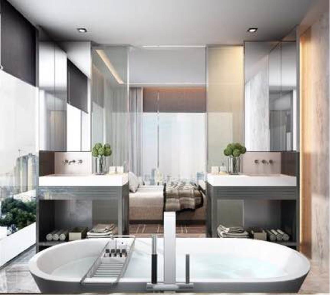 BKK Condos Agency's 3 bedroom condo for sale in good location at Circle Sukhumvit 11  1