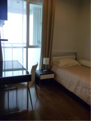 BKK Condos Agency's Corner unit fully furnished 2 bedroom condo for rent at The Address Chidlom  1