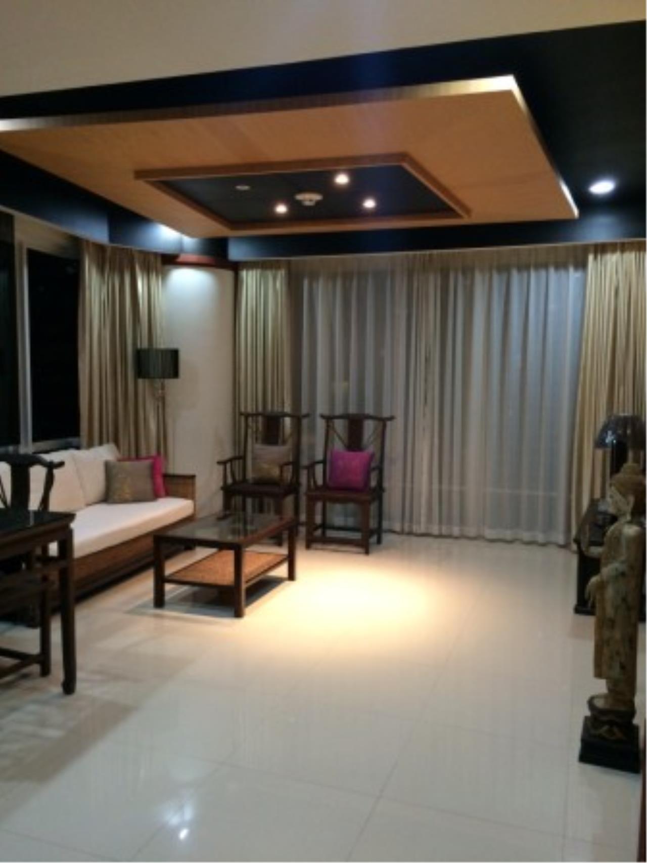 BKK Condos Agency's Attractive 2 bedroom condo for sale at Baan Rajprasong 4