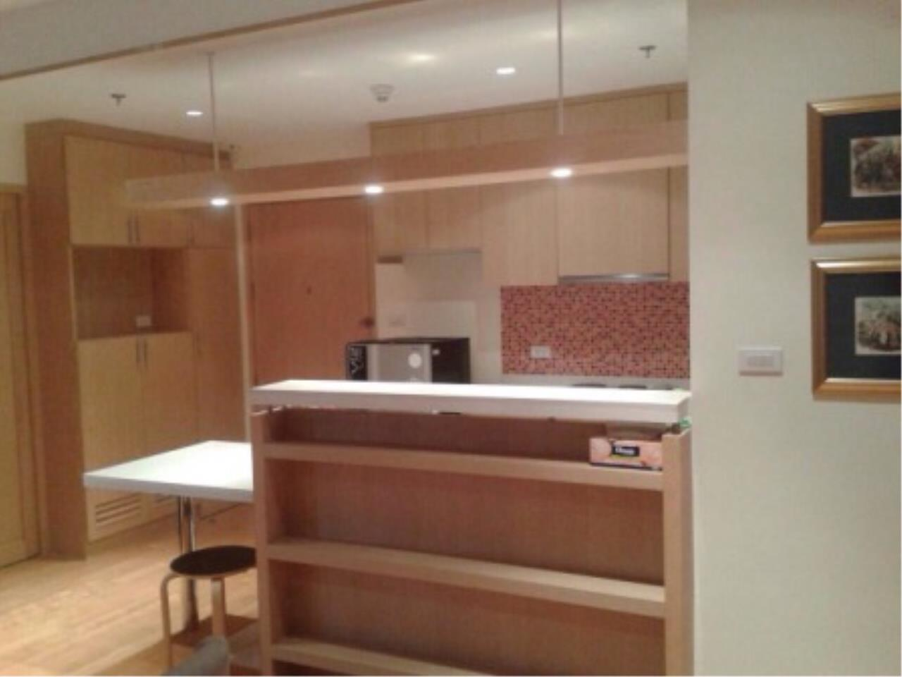 BKK Condos Agency's 2 bedroom condo for sale at Villa Ratchathewi 15