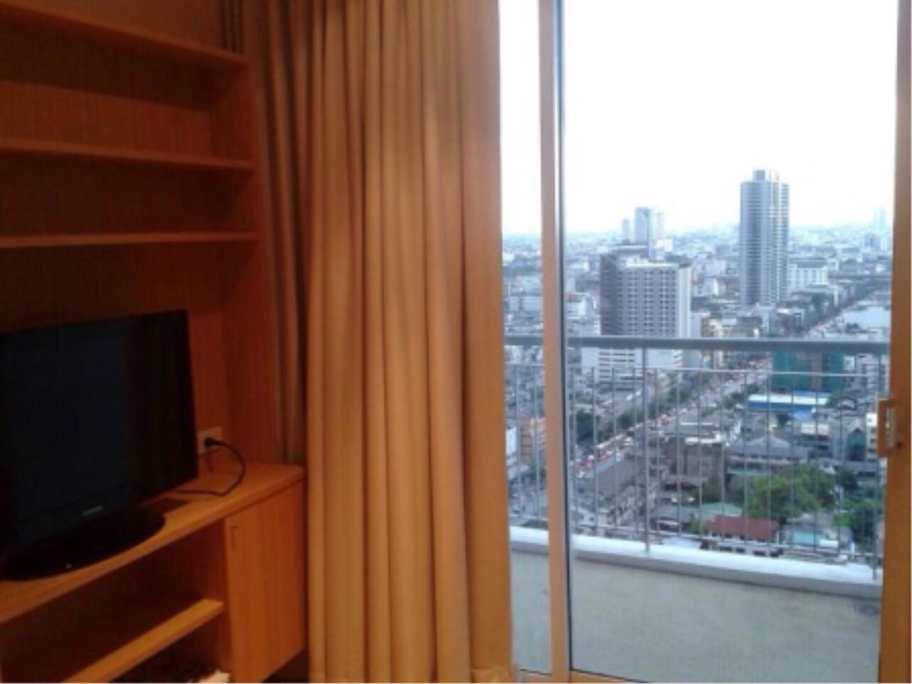 BKK Condos Agency's 2 bedroom condo for sale at Villa Ratchathewi 4
