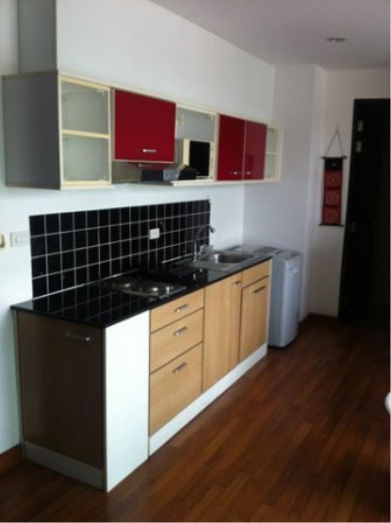BKK Condos Agency's 1+1 bedroom condo for sale at Click Condo   Sukhumvit 65  12