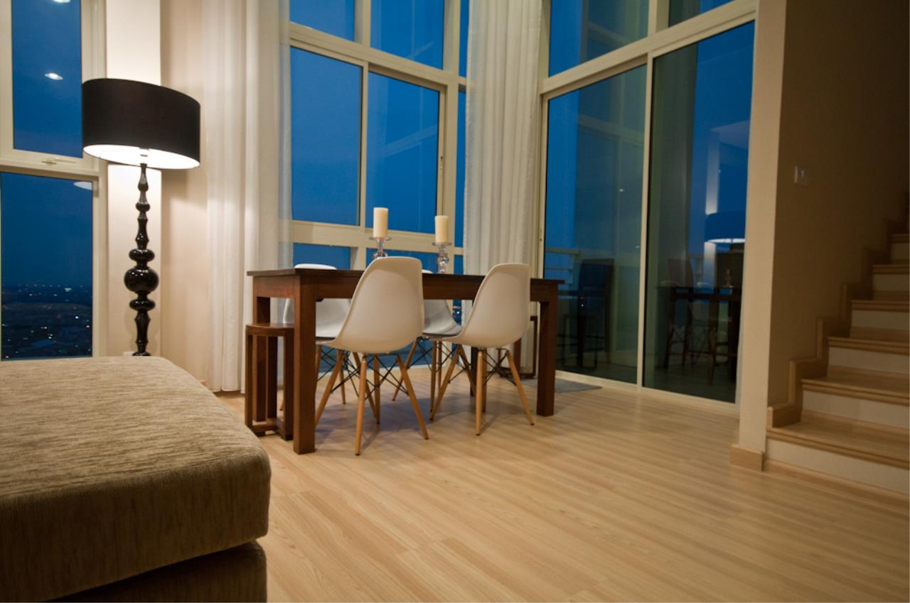 BKK Condos Agency's 3 bedroom penthouse for sale at The Lighthouse 17