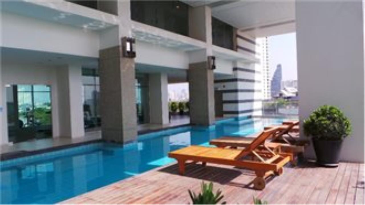 BKK Condos Agency's 3 bedroom penthouse for sale at The Lighthouse 32