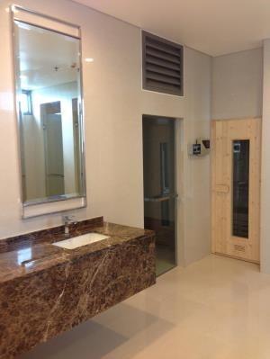 BKK Condos Agency's One bedroom condo for sale at The Breeze Narathiwas 8