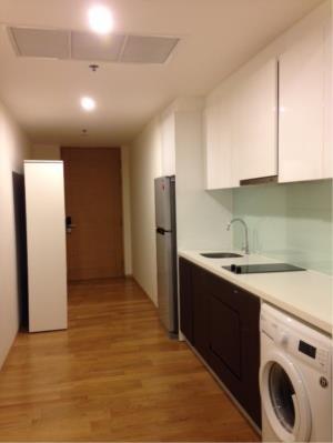 BKK Condos Agency's One bedroom condo for sale at The Breeze Narathiwas 9