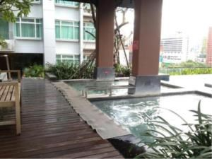 BKK Condos Agency's Studio condo for rent at Circle Condominium 12