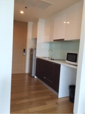 BKK Condos Agency's One bedroom condo for rent at The Breeze Narathiwas 3
