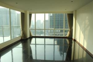 BKK Condos Agency's 3 bedroom condo for rent at Le Raffine Jambunuda Sukhumvit 31 3