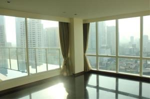 BKK Condos Agency's 3 bedroom condo for rent at Le Raffine Jambunuda Sukhumvit 31 2