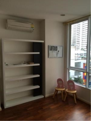 BKK Condos Agency's 2 bedroom condo for rent at Siri On 8  10