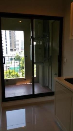 BKK Condos Agency's 1 bedroom condo for rent at Condolette Dwell Sukhumvit 26 1