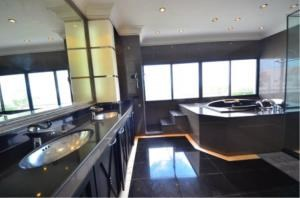 BKK Condos Agency's 5 bedroom penthouse for sale and for rent at Saichol Mansion 13