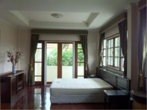 BKK Condos Agency's 3 bedroom house for rent or sale a Canal Ville 1