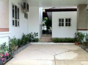 BKK Condos Agency's 3 bedroom house for rent or sale a Canal Ville 6