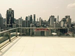BKK Condos Agency's Duplex 2 bedroom condo for rent and for sale at The Room Sukhumvit 21 4