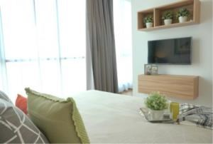 BKK Condos Agency's 3 bedroom condo for rent at Hyde Sukhumvit  6