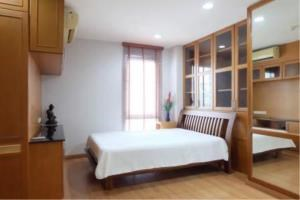 BKK Condos Agency's 2 bedroom condo for rent at Silom Grand Terrace 5