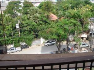 BKK Condos Agency's 2 bedroom condo for sale with tenant at The Sense Sukhumvit 68 9