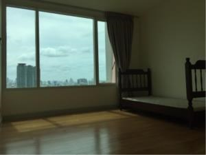 BKK Condos Agency's 2 bedroom condo for rent at Watermark 4