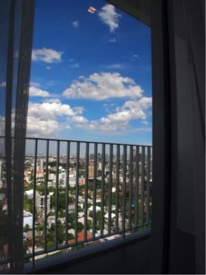 BKK Condos Agency's 2 bedroom condo for rent and for sale at HQ By Sansiri 4