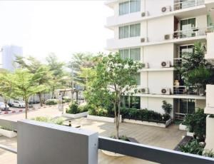 BKK Condos Agency's 4 Bedroom condo for sale at Waterford Sukhumvit 50  19