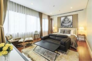 BKK Condos Agency's 4 bedroom condo for sale at Bright Sukhumvit 24 6