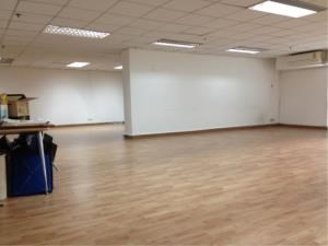 BKK Condos Agency's Office for rent at Sukhumvit Suite close to BTS,133 Sqm. 2